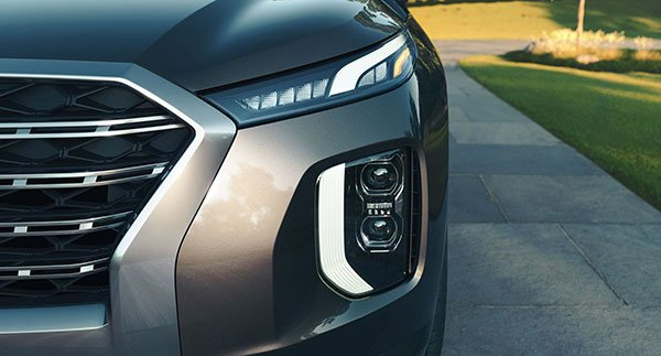 2020-hyundai-palisade-design-features-2-headlights